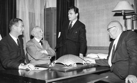 Frank Lloyd Wright and Mike Todd and theater model, and Henry Kaiser right. The American Widescreen Museum, collection of Robert C. Weisgerber